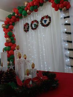 Ornament Wreath, Ornaments, Christmas Flowers, Wreaths, Holiday Decor, Home Decor, Toilet Paper Rolls, Christmas Ornaments, Ideas