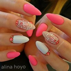 Best Matte Nails Part 11 Love Nails, Pink Nails, Pretty Nails, Matte Nails, Minimalist Nails, Elegant Nail Designs, Nail Art Designs, Nail Art Arabesque, Almond Acrylic Nails