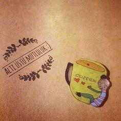 #goodmorning💤 #lovelycoffee #onemorecupofcoffee ☕ 😌  #brooches #handmade #order