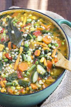 30 minute garden veggie soup