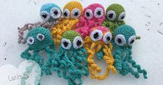 For very young and very old to hold in fingers instead of infusion tubes Crochet Animals, Crochet Toys, Crochet Baby, Knit Crochet, Owl Pillow, African Flowers, Baby Knitting Patterns, Diy And Crafts, Crochet Earrings