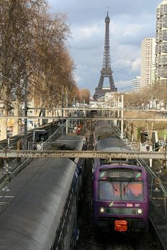 Trains of RER Line C - Paris, France (by claudeD)