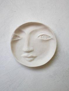 Anneau plat plaque de porcelaine blanche par LouiseFultonStudio