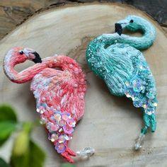@Regranned from @stassia_komissarova - Теперь и у меня есть эти прекрасные птицы Больше года планировала вышить, но никак не могла настроиться #ручнаяработа #ручнаявышивка #вышивкабисером #вышивкагладью #вышивка #украшенияручнойработы #авторскаяработа #фламинго #брошьфламинго #брошь #брошьизбисера #вышитаяброшь #хэндмэйд #handmade #beads #beadwork #brooch #broochhandmade #jewelry #flamingo #accessories #embroidery #handmadestory #handembroidery #hmrujew_best2017 - #regrann