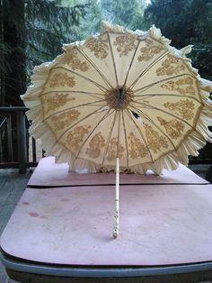 vintage antique parasol  white hand carved handle victorian/edwardian