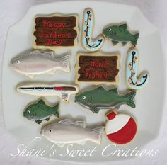 Baited Fishing Hook (Candy Cane Cookie Cutter) Camo Cookies, Fish Cookies, Iced Cookies, Sugar Cookie Royal Icing, Cookie Frosting, Cookie Designs, Cookie Ideas, Camping Cookies, Cookie Factory