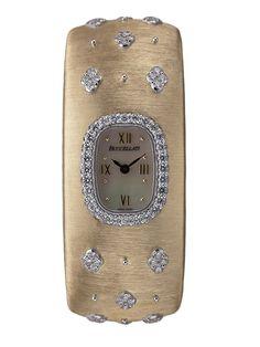 La montre Cleopatre 2014 en or jaune de Buccellati