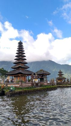 Ulun Danu Temple, Bedugul Bali / June, 2018 Bali Country, Tumblr Photography, Yogyakarta, Bali Travel, Ig Story, Aesthetic Photo, Temple, Places To Visit, Traveling