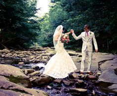 This forest first look shoot! Swoon.