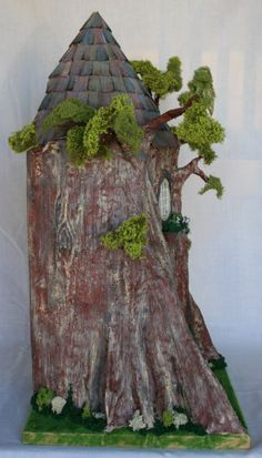 Treehouse left view I am teaching this project at the Miniaturia Guild of Cape Town next year (6 workshops)