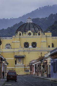 La Merced church - Antigua, Guatemala- Un lugar para el recuerdo