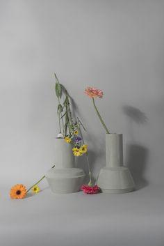 Photographer Olga Simonenko. Designs and produces Inge Simonis. Dutch ceramic design. Styling Joukje Wille www.simonenkophotography.nl