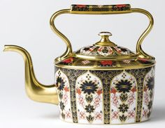 Royal Crown Derby teapot. Oh! dear I'm absolutely MAD about this tea pot!!!!