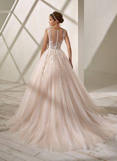 Vestido de novia color rosa