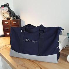 """Krys_slow_life sur Instagram: Et voilà ma 1re création pour bébé : un sac """"week-end"""" pour la maternité qui fera aussi un très beau sac à langer. Je voulais un sac unique…"""