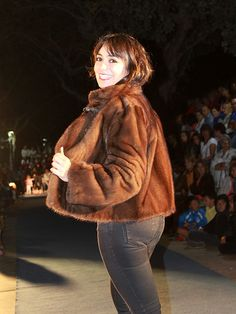 Fur Coat, Jackets, Fashion, Riders Jacket, Store, Fur, Women, Down Jackets, Moda