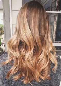 25 honey blonde hair color ideas that are just beautiful- # blonde # simple . - 25 honey blonde hair color ideas that are just gorgeous- # blonde - Warm Blonde Hair, Honey Blonde Hair Color, Golden Blonde Hair, Honey Hair, Ombre Hair Color, Hair Color Balayage, Blonde Color, Hair Highlights, Blonde Ombre