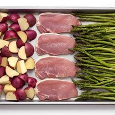 Sheet Pan Baked Parmesan Pork Chops Potatoes & Asparagus is a simple meal that comes together on one baking sheet and is packed with flavor. (good recipes one pan) Pan Pork Chops, Pork Chops And Potatoes, Sides For Pork Chops, Pork Recipes, Cooking Recipes, Healthy Recipes, Pan Cooking, Cooking Pasta, Cooking Tips