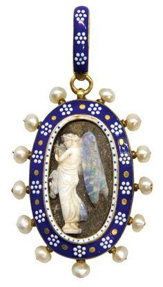 CARLO GIULIANO Pearl Enamel Cameo and Gold Pendant Circa 1850