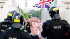 Loyalists clash with police in Belfast