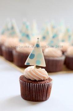x-mas tree cupcake, via Flickr.