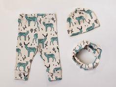 Set Babykleidung aus Leggings, Beanie und Loop Schal / cute baby clothes, leggins, beanie and loop with deer pattern by louisundlola via DaWanda.com
