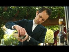 ▶ Mixing martinis with the Trav-L-Bar - YouTube