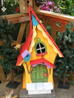 23 Clever DIY Christmas Decoration Ideas By Crafty Panda Bird Houses Painted, Bird Houses Diy, Fairy Garden Houses, Garden Art, Fairy Gardens, Birdhouse Craft, Birdhouse Designs, 3d Templates, Homemade Bird Houses