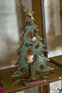 47 Beautiful And Cute DIY Homemade Christmas Design Ideas Beautiful And Cute DIY Homemade Christmas Design Ideas Wooden Christmas Decorations, Christmas Wood Crafts, Christmas Design, Outdoor Christmas, Homemade Christmas, Rustic Christmas, Christmas Projects, Holiday Crafts, Primitive Christmas