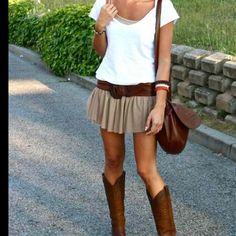 c1d551616e 62 mejores imágenes de falda y botas