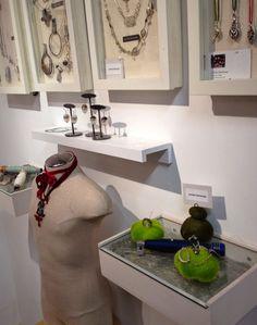 Jennifer Stenhouse: DIY Jewelry Displays