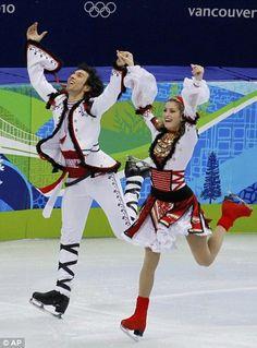 Belbin - Agosto. I Love her Red skates!