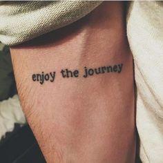 tatuagem, masculina, homem, braço, frase