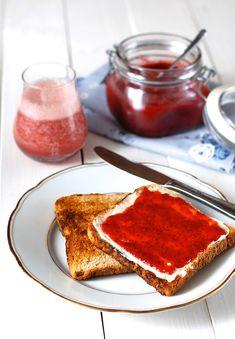 Nevařený ovocný džem z Chia semínek a ovoce