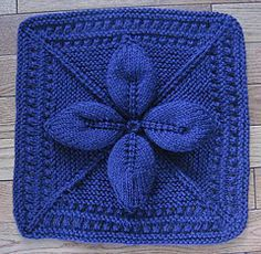 "Ravelry: Lucky 4-Leaf Afghan 12"" block pattern by Margaret MacInnis ✿Teresa Restegui http://www.pinterest.com/teretegui/✿"