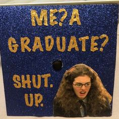 41 Ways to Customize Your Graduation Cap Stand out in the crowd. Disney Graduation Cap, Funny Graduation Caps, Graduation Cap Designs, Graduation Cap Decoration, High School Graduation, Graduation Photos, College Graduation, Graduate School, Graduation Ideas