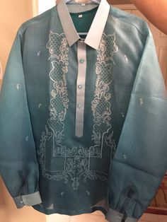 Father of the Bride barong Tagalog Barong Tagalog, Father Of The Bride, All About Fashion, Filipino, Traditional Dresses, Groomsmen, Wedding Day, Pinoy, Boho