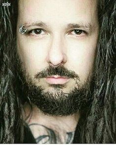 ~Jonathan Davis Of Korn † ~ One The Best Bands Around † New Wave Music, Music Love, My Music, Nu Metal, Korn, Great Bands, Cool Bands, Les Claypool, Jonathan Davis