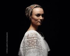 Slovak Renaissance - photo-project by Slovak photographer PETRA LAJDOVÁ documenting traditional Slovak headdresses. Heart Of Europe, Folk Fashion, Women's Fashion, Shades Of White, Bratislava, Folk Costume, Fashion Beauty, Petra, Pin Up