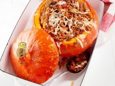 Pumpkin stuffed with ground beef, rice and vegetables - - Ground Beef Rice, Beef And Rice, Ground Beef Recipes, Mushroom Recipes, Veggie Recipes, Dinner Recipes, Healthy Recipes, Drink Recipes, Chicken Recipes