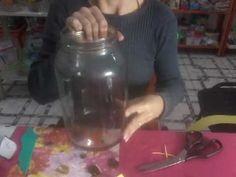 Pote de vidro decorado com flor de EVA - YouTube Decoupage, Drink Bottles, Stencils, Mason Jars, Mugs, Tableware, Recycled Glass, Face Towel, Olive Tree