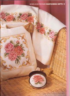 (1) Gallery.ru / Фото #34 - The world of cross stitching 046 июнь 2001 - tymannost