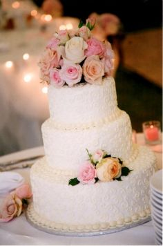 Delicate Scrollwork Wedding Cake By Seattle Bakery