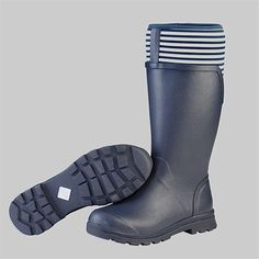 Whether required for riding, gardening or general outdoor use, these boots will be the most comfortable you have ever tried.  FREE Delivery within NZ, Muckboot Women's Cambridge Tall Rain Boot