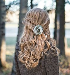 Long hair makes a woman feminine and seductive. It is always in fashion, and can be worn by all, only forms should be harmonized with age and color should be modern.