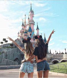 Disneyland Photos 2019 - Visit disneyland with your bff. Share with your friends. Visit disneyland with your bff. Share with your friends. Visit disneyland with your bff. Share with your friends. Bff Pics, Photos Bff, Friend Photos, Travel Photos, Cute Disney Pictures, Cute Friend Pictures, Disney Pics, Disneyland Photography, Disneyland Photos
