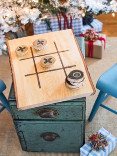 With family gathered for holiday festivities, it's the perfect time to pull out board games. This homemade wood tic-tac-toe set is fun for all ages and makes a thoughtful handmade gift.