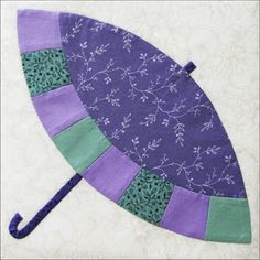 The Parasol by Becky Brown - patchwork pattern - (a play on the Double Wedding Ring pattern) - via Grandmothers Choice