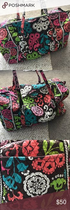 """Vera Bradley RETIRED Lola Large Duffel Vera Bradley RETIRED Lola Large Duffel, great used condition small flaw shown in pic of small hole. No stains. From Vera Bradley July 2013-Feb 2014. 22"""" W 11.5"""" H 11.5 """" D 15"""" strap drop.There's also an option to buy my ENTIRE 10 piece collection in my closet! Vera Bradley Bags Travel Bags"""