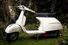 Vintage 1968 Vespa Sprint 125 With Modern PX Engine - Restored by Retrospective Scooters! RRP £4000! | London | Gumtree